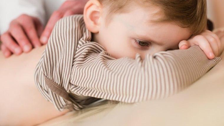 Bebeklerde sırt dikeni nedir, neden olur? Bebeklerde sırt dikeni nasıl çıkarılır?