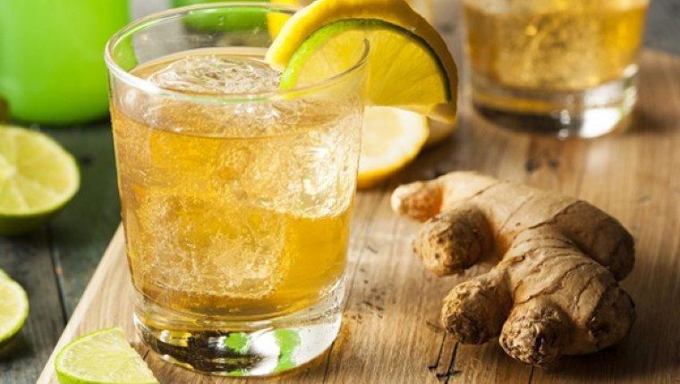 Yaz mevsiminde serinleten enfes çilekli zencefilli limonata tarifi!